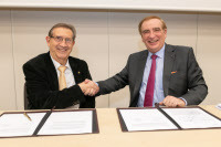 Revised MoU signed between FERRMED and UIC, 7 December 2018, UIC headquarters, Paris