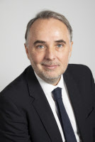 New UIC Director General, M. François Davenne (1/7/2019-)